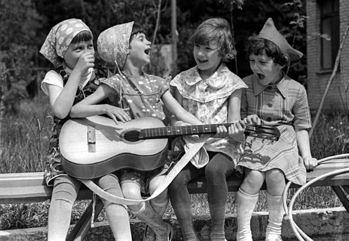 Как растили детей мамы в советские времена