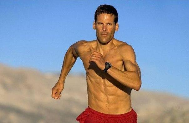 Дин Карназес пробежал без остановки 560 километров