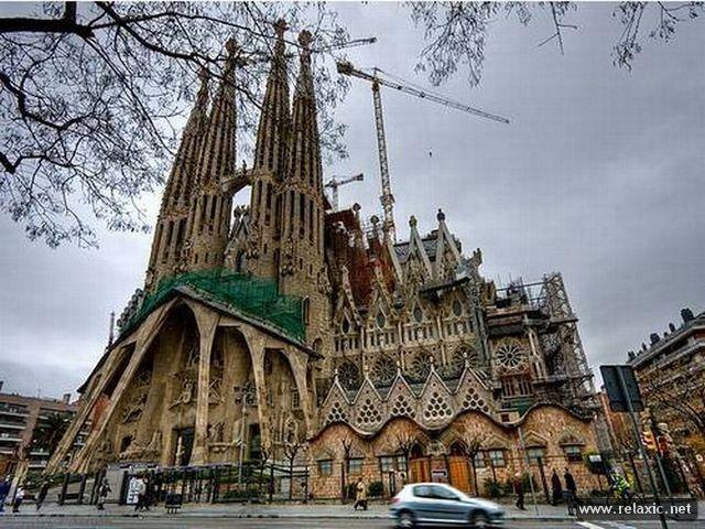 Храм Святого Семейства в Барселоне