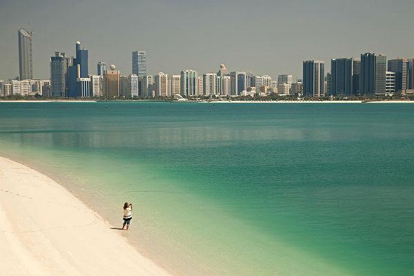 Китай стал крупнейшим «поставщиком» туристов в Абу-Даби