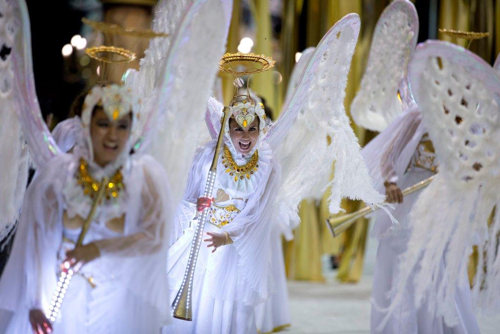 Горячее аргентинское шоу в честь Папы Римского-11