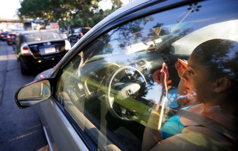 """Работать в одной стране, а жить в другой? Реальность для жителей мексиканской Тихуаны, которая является """"пригородом"""" американского Сан-Диего в мире, дорога, езда, люди, пробка"""