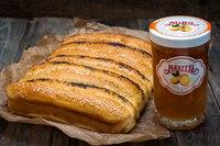 Сдобные рождественские булочки-сайки с апельсиновым джемом