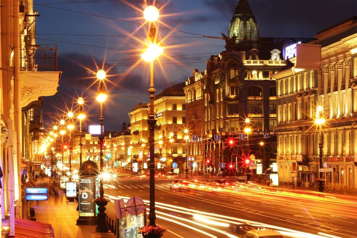Яркие огни ночного города