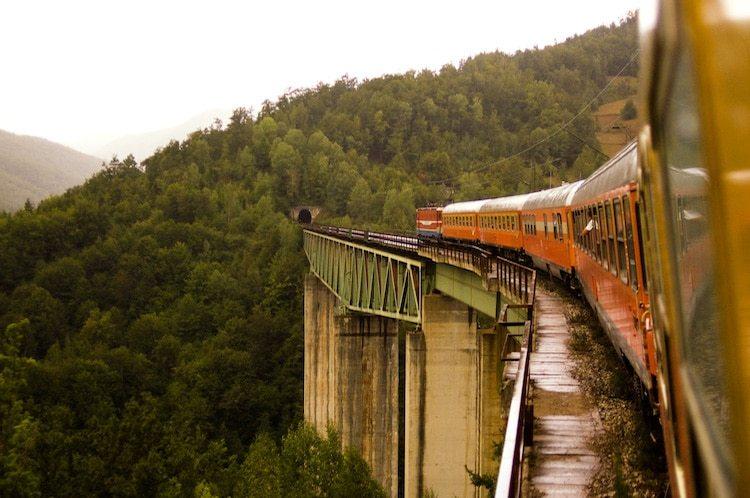 Живописные железные дороги