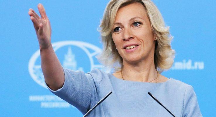 «А в Киеве знают, чем он тут занимается?»: Захарова в прямом эфире сорвала аплодисменты из-за шутки над Цимбалюком