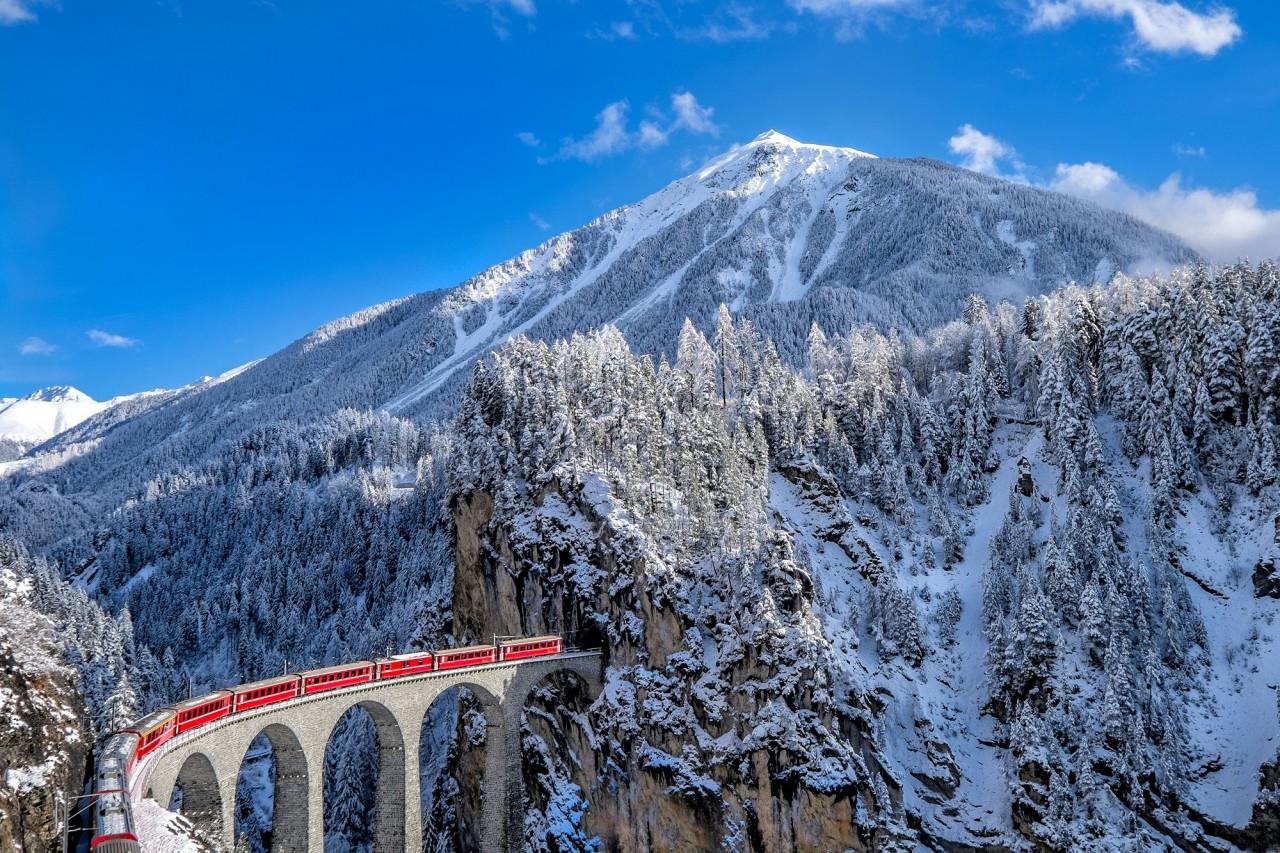 Швейцария: Glacier Express поезд, путешествия