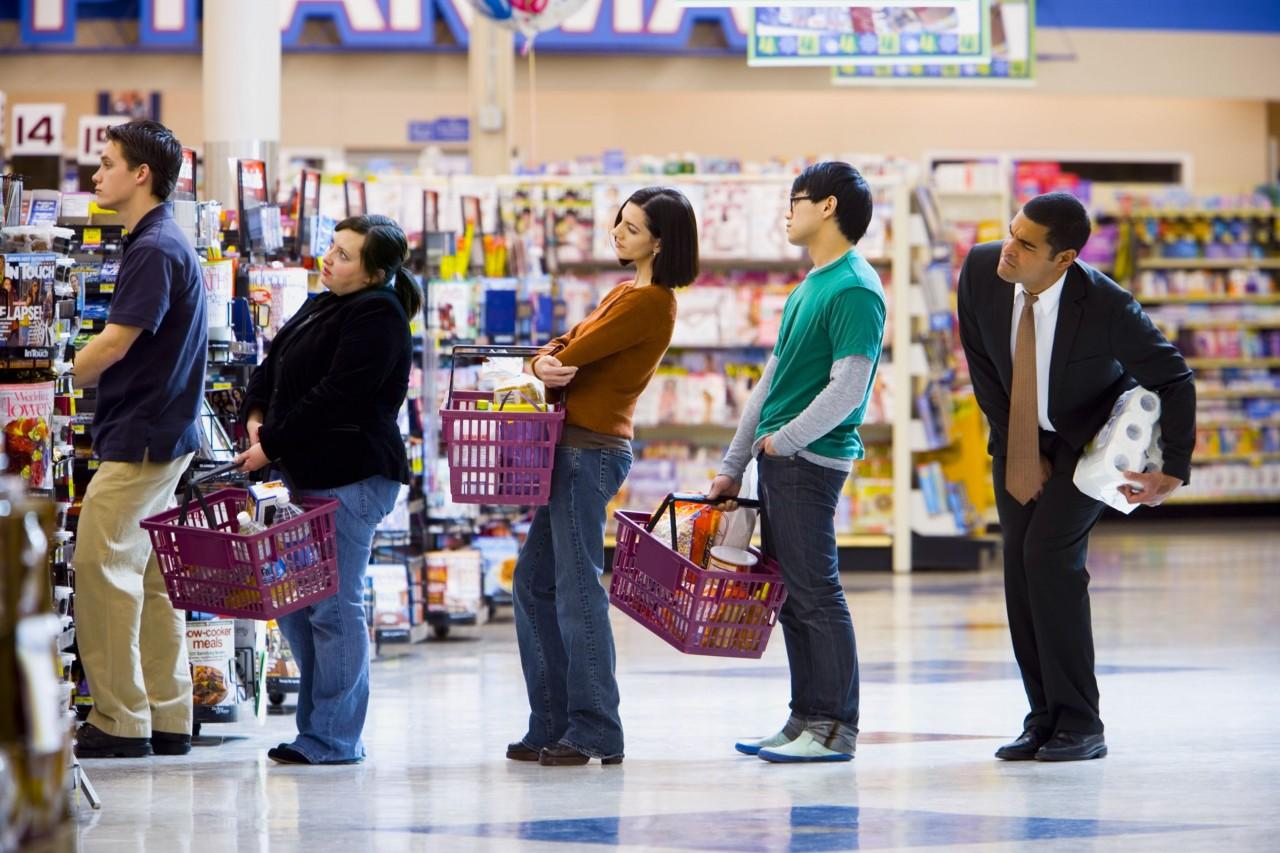 5 уловок, которые позволят меньше стоять в очереди в супермаркете