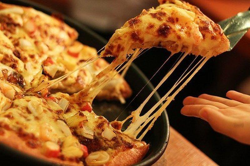 Два рецепта очень быстрой пиццы!