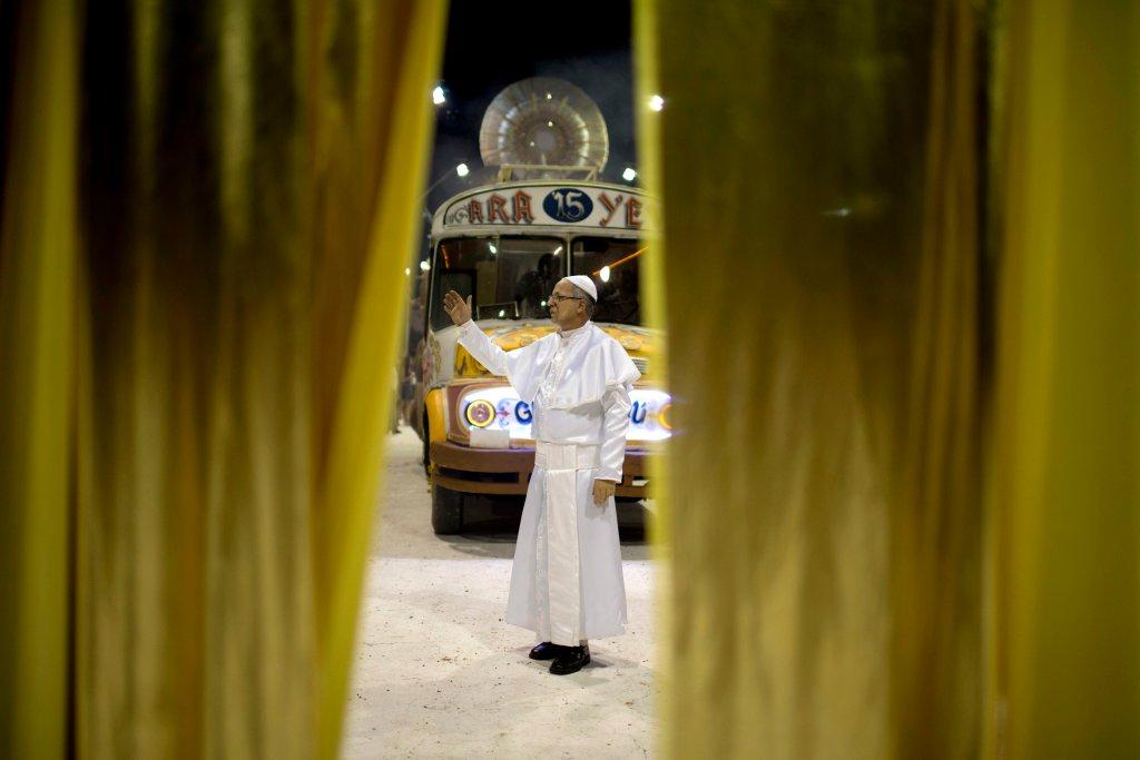 Горячее аргентинское шоу в честь Папы Римского-7