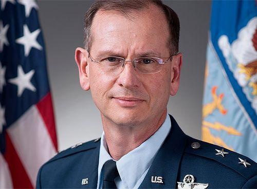 Генерал США Ки Рэнди Ален