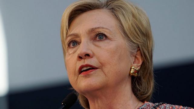 СМИ: Хиллари Клинтон вновь оказалась в центре расследования ФБР