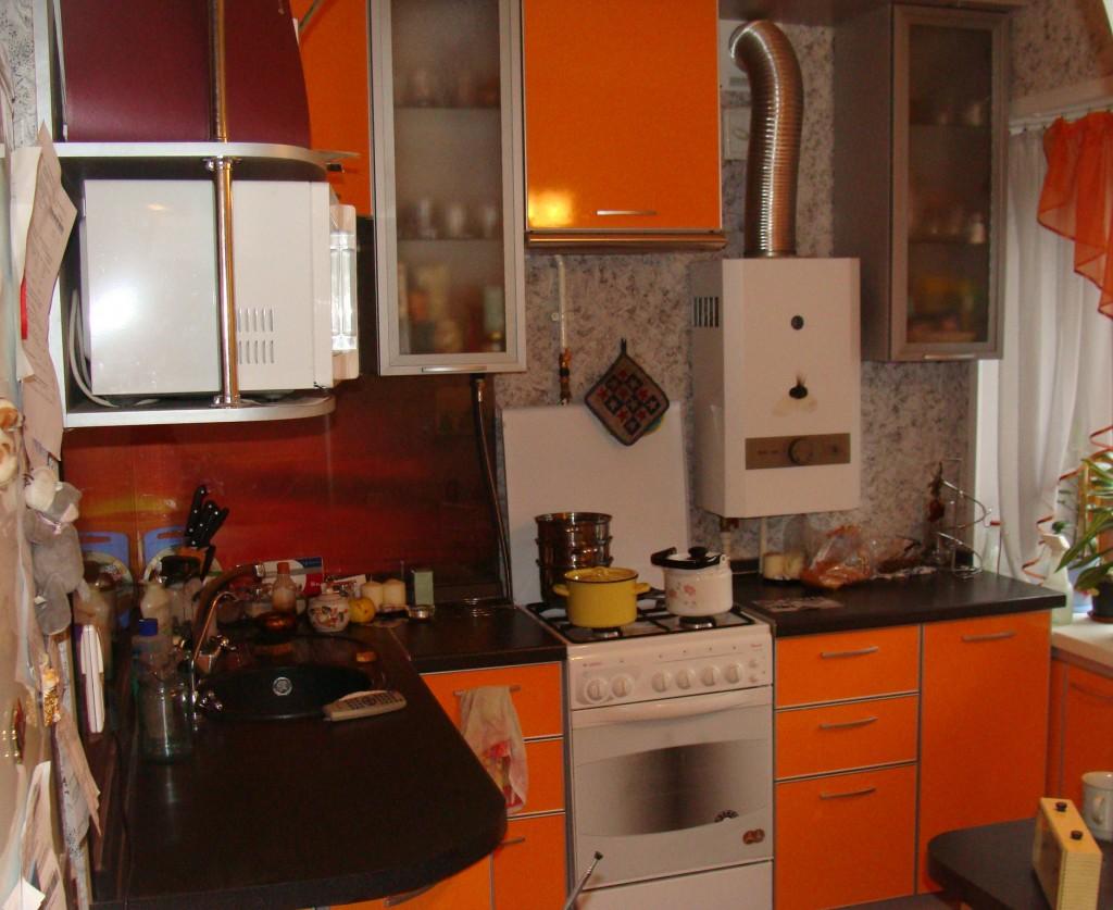 Кухня 6 кв м дизайн с колонкой