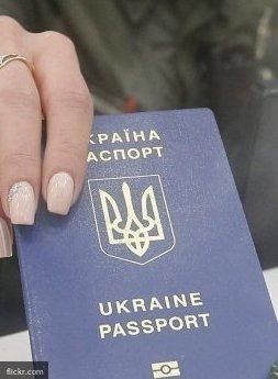 Порошенко рассказал о «ценности» украинского паспорта