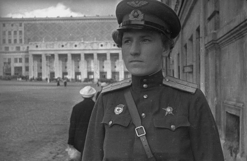7 декабря исполняется 100 лет со дня рождения отважной летчицы Будановой Екатерины Васильевны