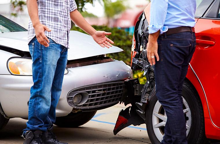 Разъедемся? Главные ошибки водителей после ДТП
