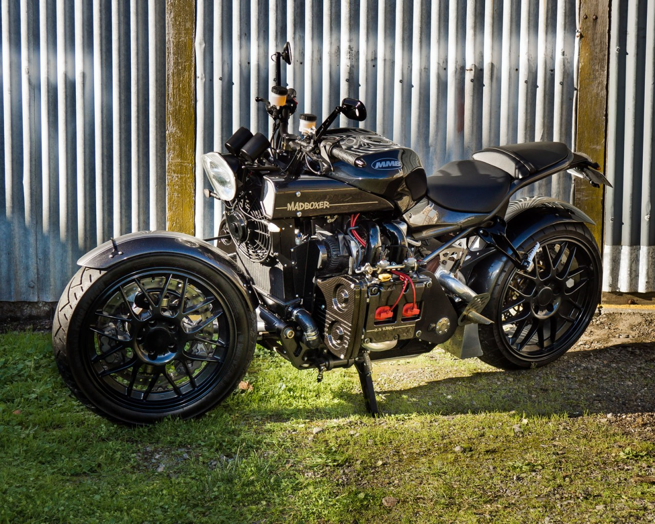 the-madboxer-is-a-subaru-powered-custom-bike-118139_1