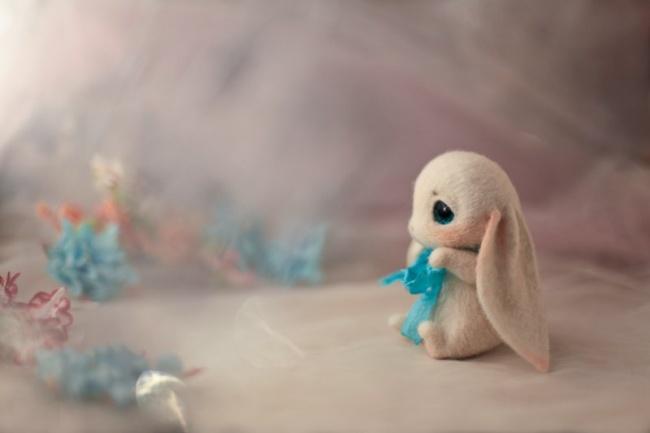 Маленькие игрушки из шерсти