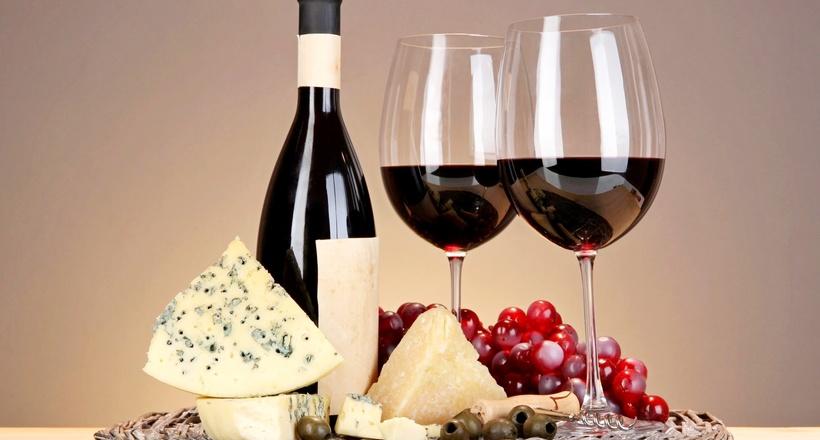 Почему французы считают сыр с плесенью самым лучшим из сыров