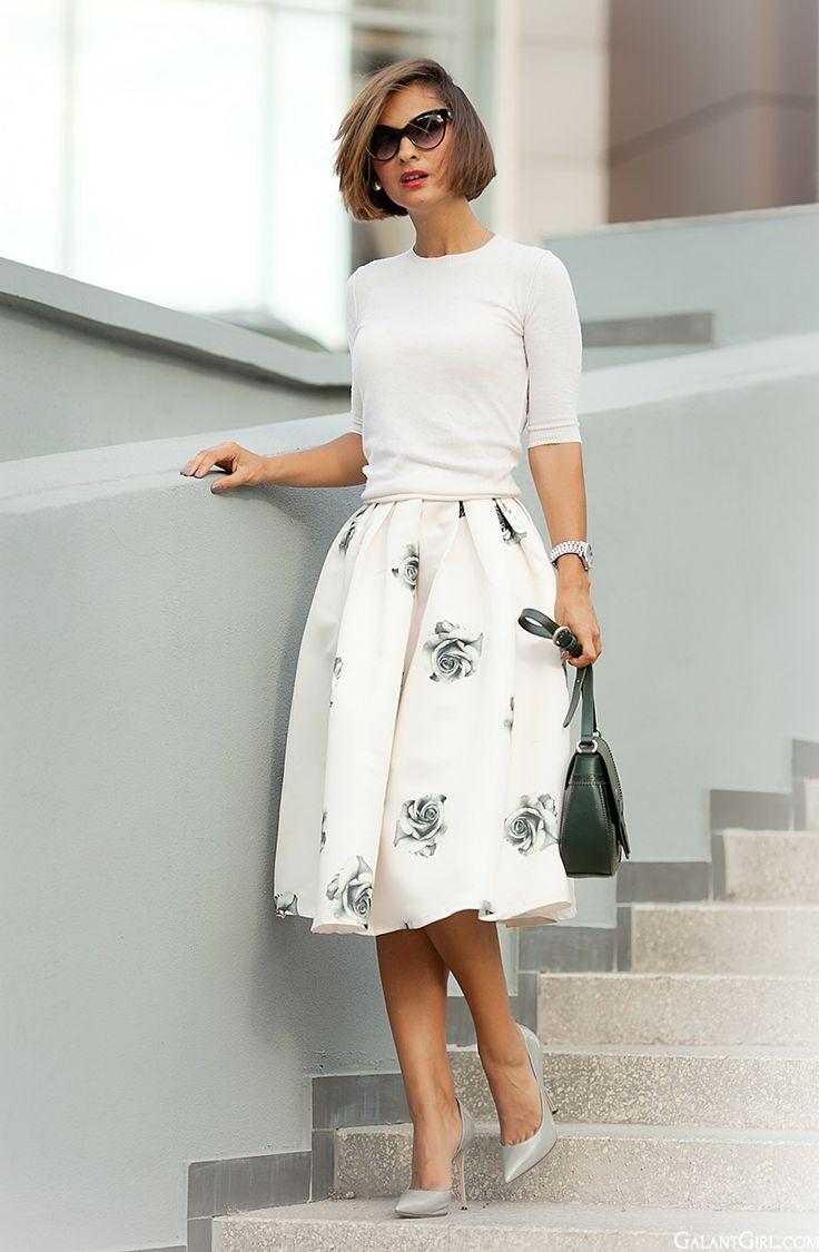 С чем носить белую юбку: 25 образов на все случаи жизни