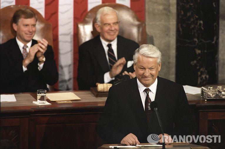 Рассекречена присяга Ельцина…