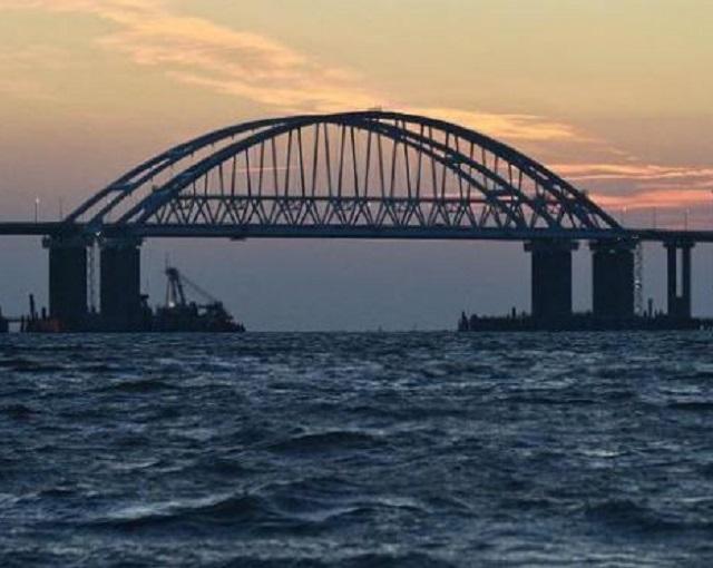 Крымский мост стал лекарем для Азовского моря