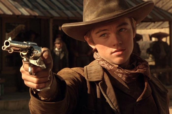 Мифы об оружии, сформированные кинематографом