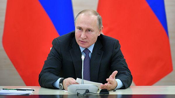 «Сидят и помалкивают»: Путин…