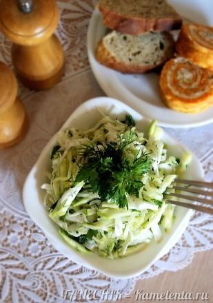 Приготовление рецепта Сочный салат с кабачком и капустой шаг 5