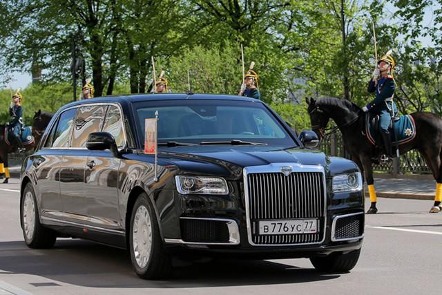Путин приехал на инаугурацию на российском лимузине