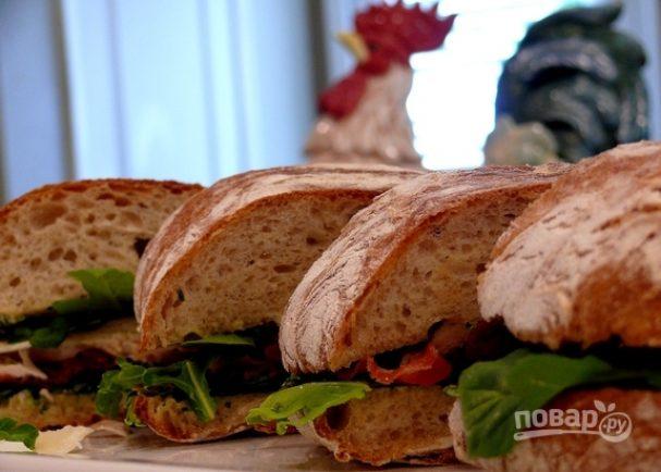 Салат «Цезарь» в сэндвичах