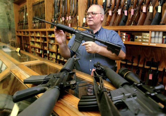 Оружейные магазины в США на видео