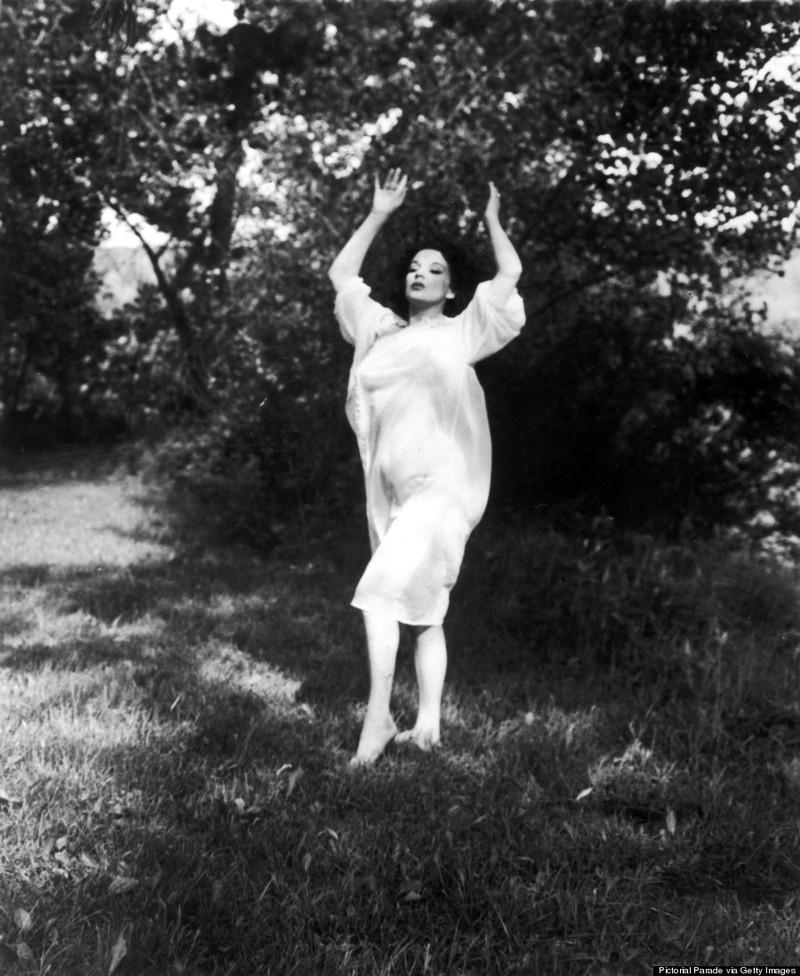 burlesque24 Краткая, но потрясающая история бурлеска в 1950 х годах