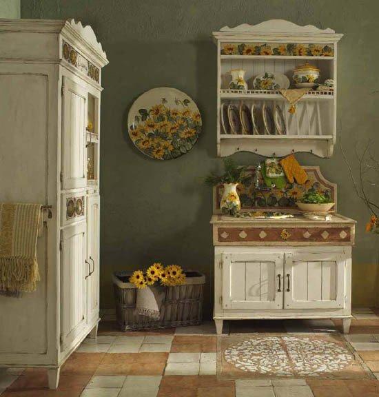 Часто мебель в прованском стиле выбеленная и со сколами