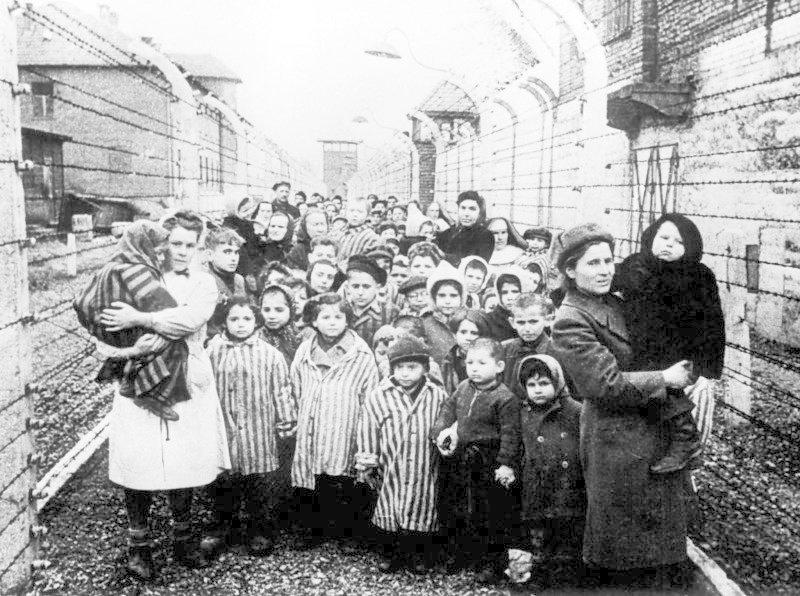 Освобождение концлагеря Освенцим (Аушвиц) советскими войсками 73 года назад