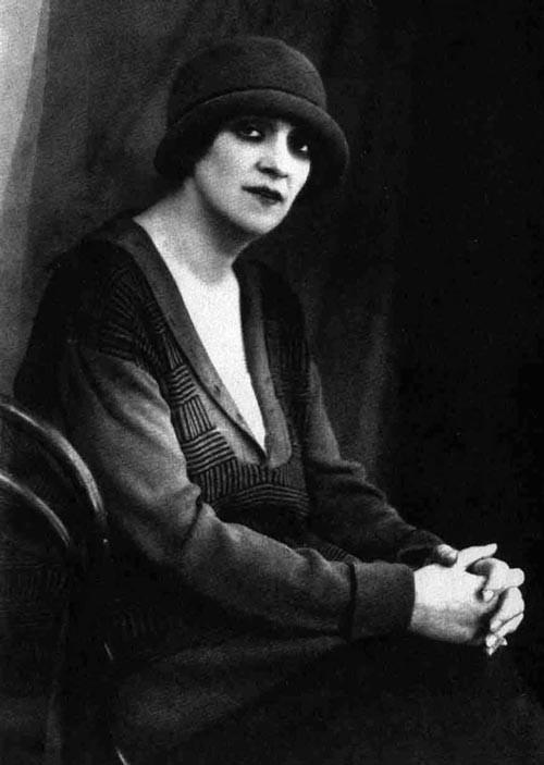 Что Фаина Раневская делала всю жизнь, но никогда – на сцене СССР, Фаина Раневская, актеры, день рождения