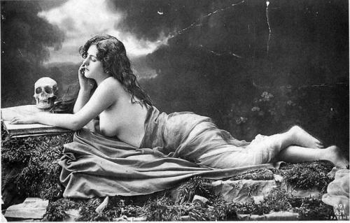 Старинные эротические фотографии.