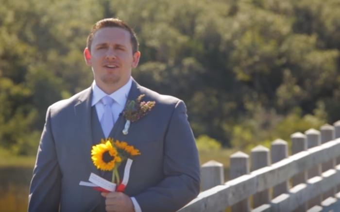 Когда жених повернулся, чтобы увидеть невесту, он чуть не потерял сознание
