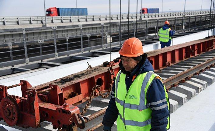 The Christian Science Monitor (США): чтобы вернуть России былое величие, Путин строит дороги и мосты