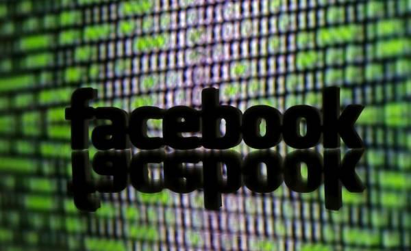 Facebook чистит информацию о грехах США