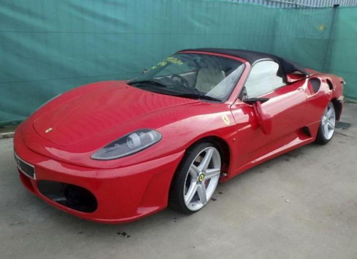 Поддельный спорткар Ferrari стал участником страховой аферы