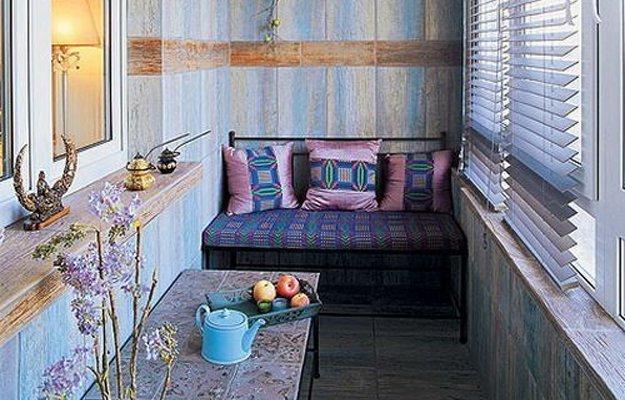 Как превратить скучный балкон в уютный уголок отдыха.