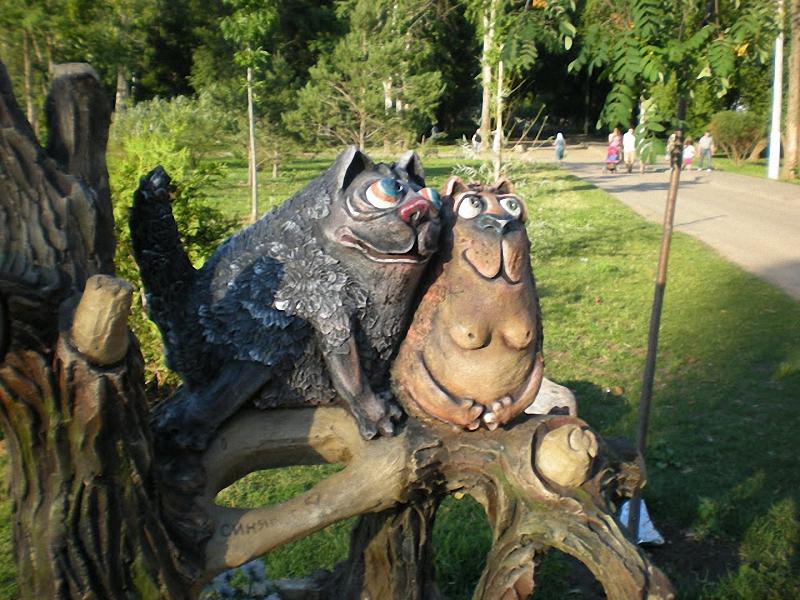 030 мытищи Скульптуры и памятники кошкам