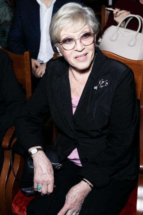 Ей уже 82 года, но ее по-прежнему многие любят!