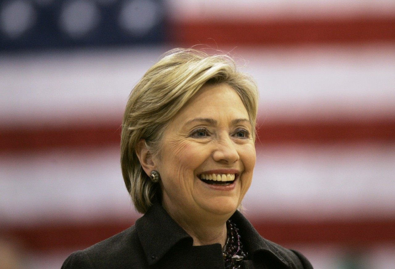 Hillary Rodham Clinton returns to Iowa, trailed by criticisms about her 2008 loss