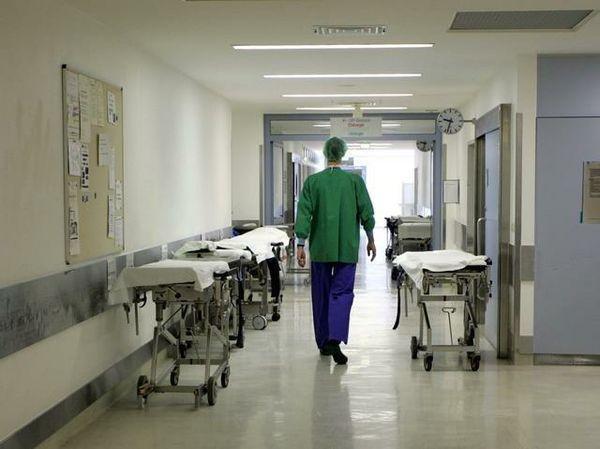 До свадьбы зажило. Фельдшер — об онкобольных, которые боятся узнать о своём раке Байки врача, Дмитрий Беляков, онкология, свадьба в больнице, скорая помощь