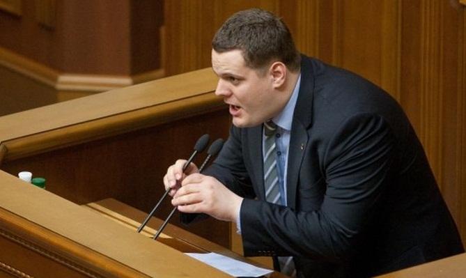 «Объявить войну России»: депутатам Рады и хочется, и колется