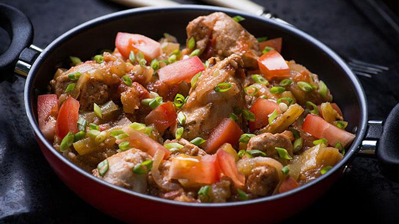 тушить мясо с овощами