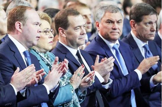 Дворянское собрание. Эдуард Лимонов
