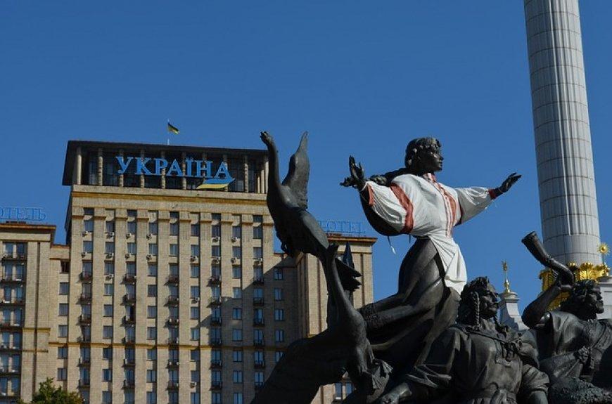 Провокация Украины на крымской границе: «Русские - нам не братья»...